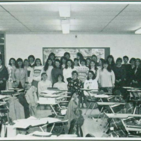 Dental Hygiene program class 1993 gathered in front of classroom